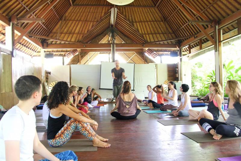 Yoga training Tina Nance