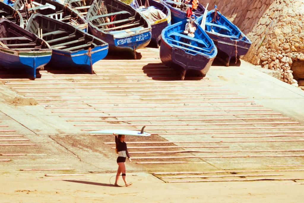 ines ambrosio morocco rvca surf girls trip yoga