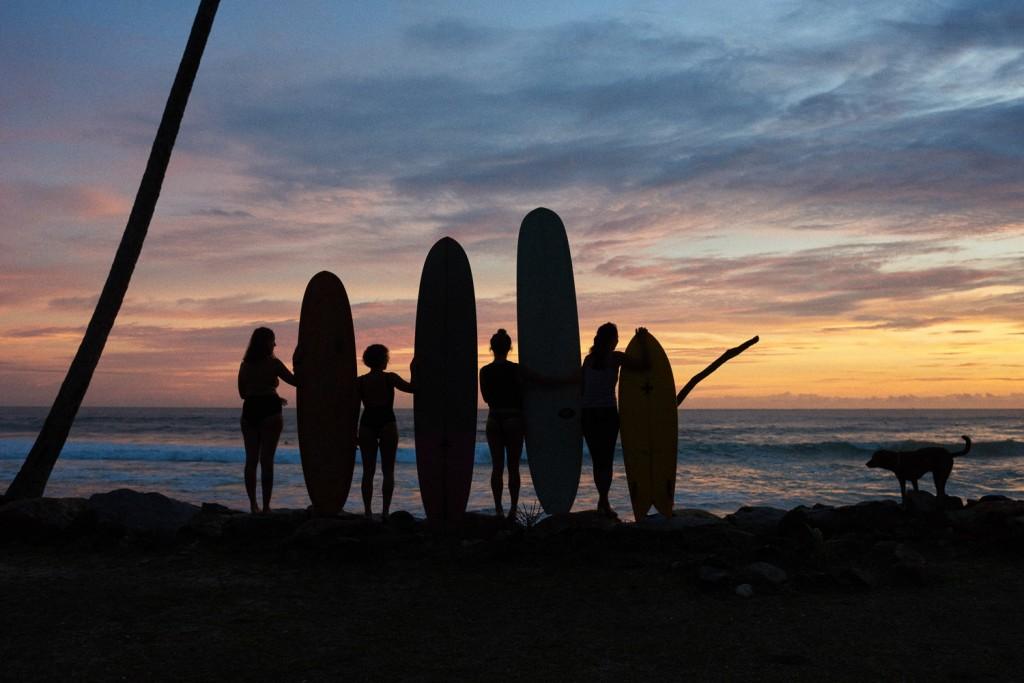 Julie Jordan photography sri lanka surf yoga surfergirls