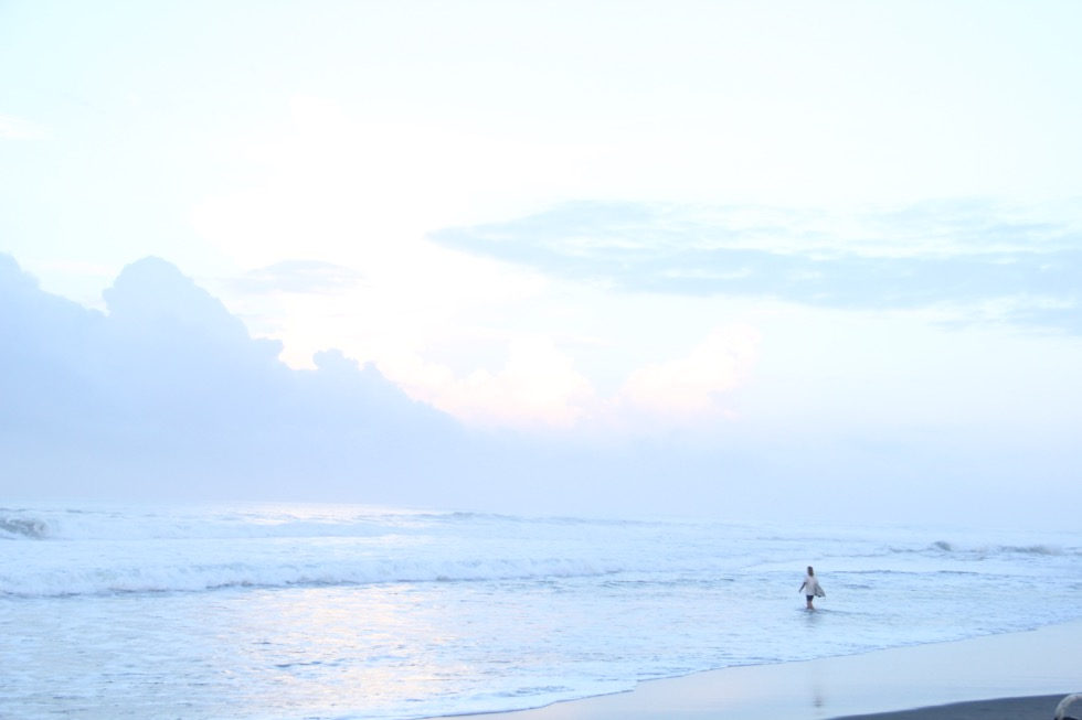 surf yoga bali guide ulu watu canggu ubud balian medewi yoga retreat bali